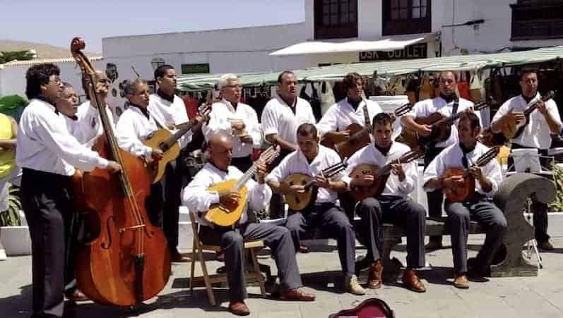 Performance of folk music