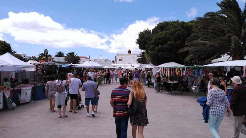 Guided tour of the Teguise market