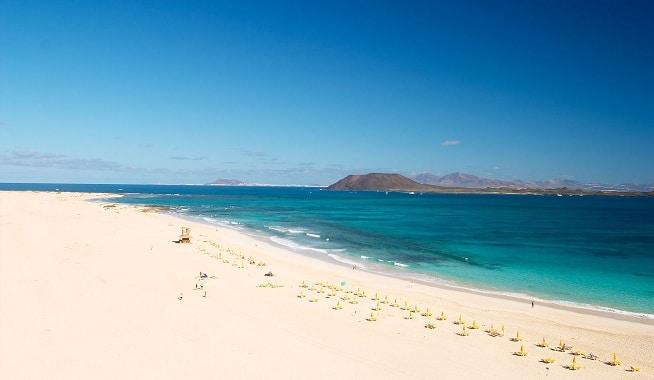 Visit the Dunes of Corralejo